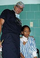 Cuántos días de hospital dan después de la operación en varikoz